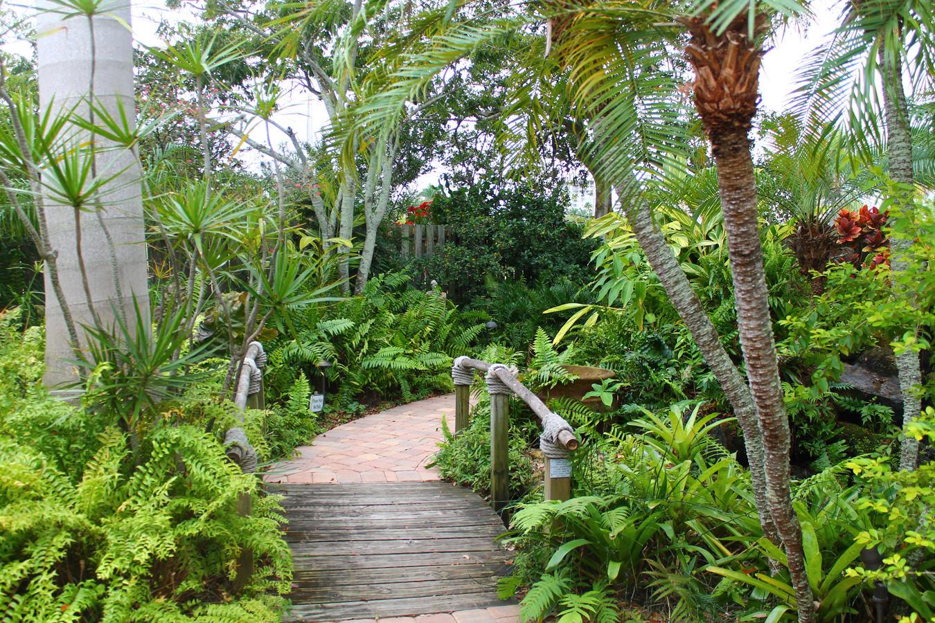 The Gardens - Sarasota Garden Club